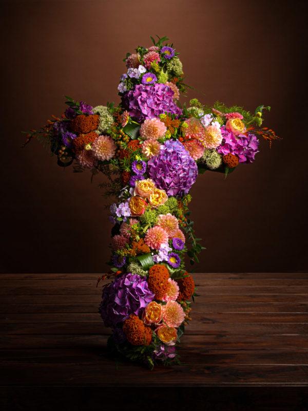 jane-luce-bouquets-deuil-croix-1